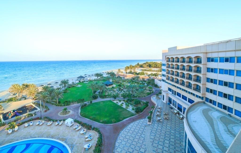 danat-jebel-dhanna-resort-9